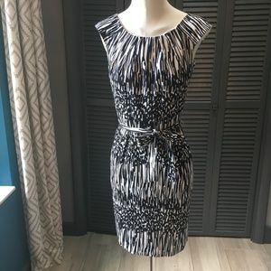 CLAVIN KLEIN BUSINESS DRESS